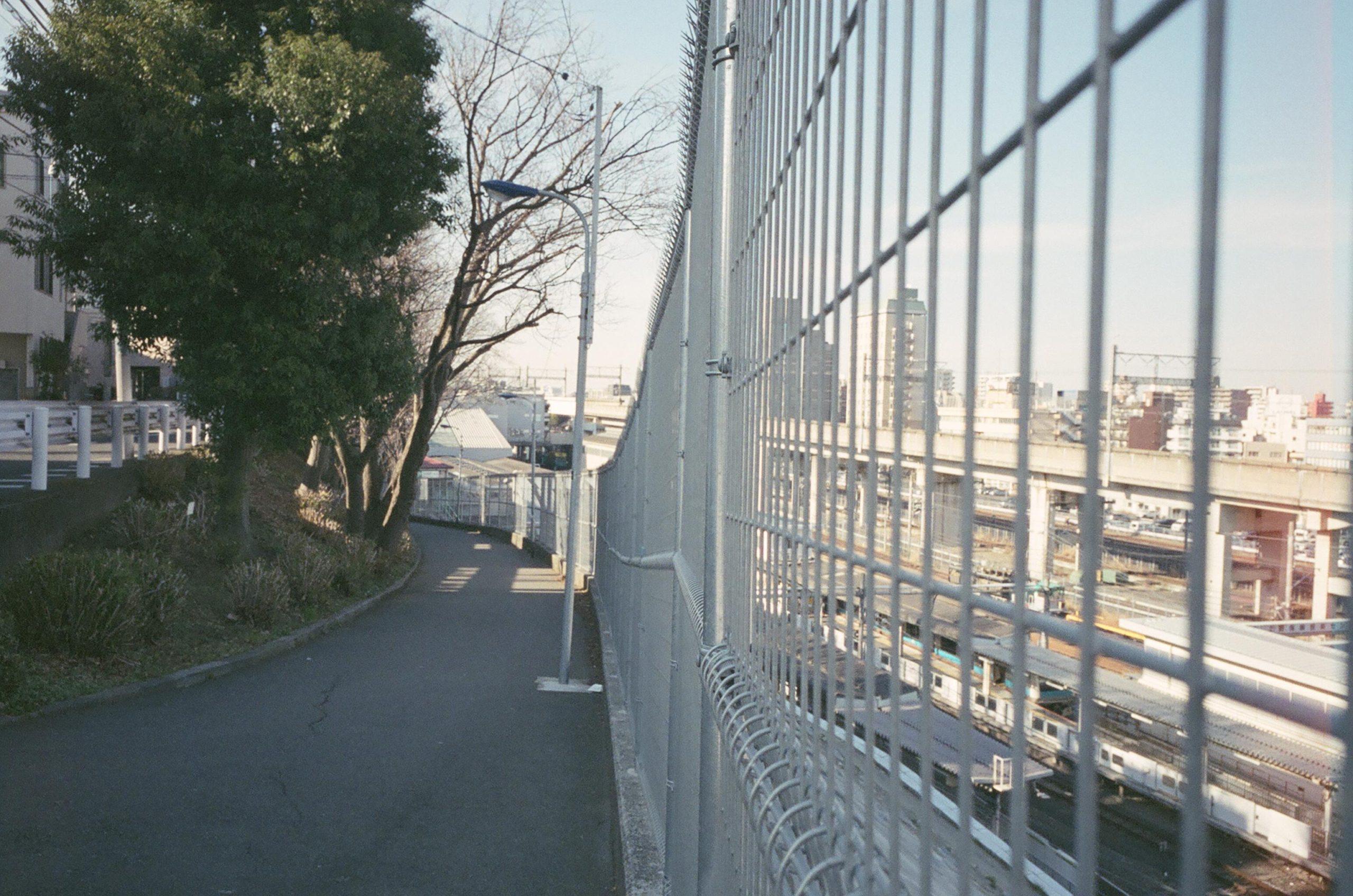 1.JR田端南口の坂